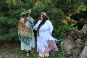 Have Magnolia Magpie sew you a Beltane gown: magnoliamagpie@societyofmossandlace.com